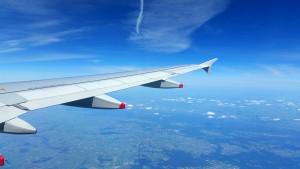 Wieczór kawalerski w innym kraju - lot samolotem
