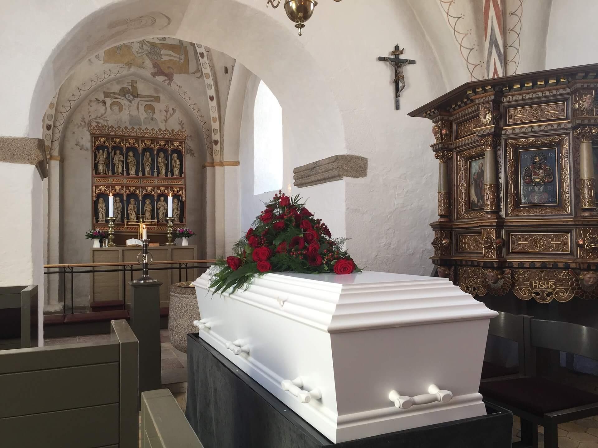 Gdzie zamówić trumnę i usługi pogrzebowe?